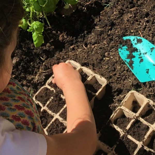 Kids Vegetable Garden Header-Unplugged-Family-Time